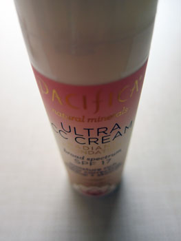 pacifica_ultra_cc_cream_radiant_foundation_closeup