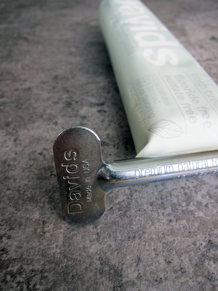 davids_premium_natural_toothpaste_metal_key