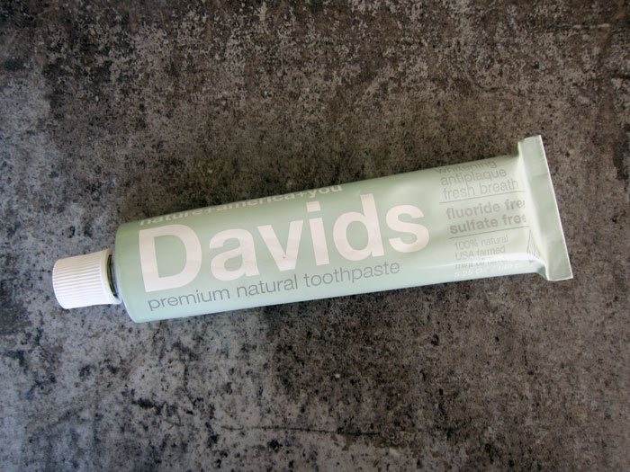 davids_premium_natural_toothpaste_metal_tube