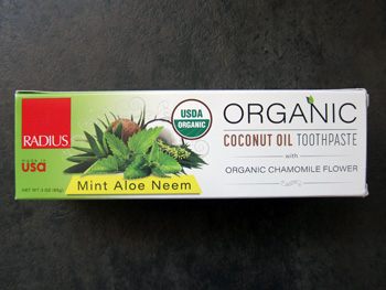 synergy_box_may_2017_organic_coconut_oil_toothpaste